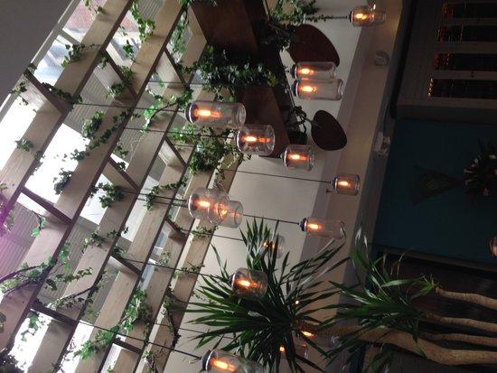 Victor's Cafe : Inside3