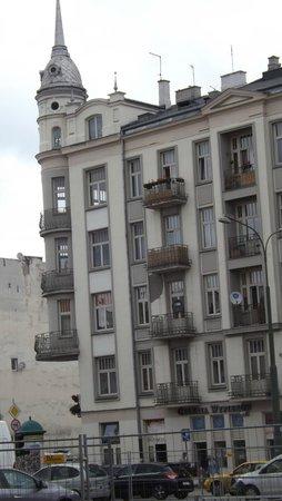 Praga Północ: Flowery balconies