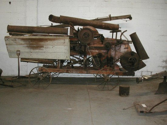 James Madison Museum: Thresher.
