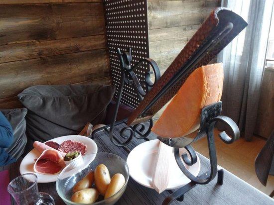 Hotel le Beau Site: raclette