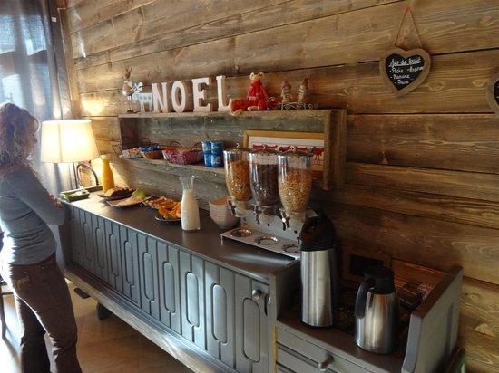 Hotel le Beau Site: petit déjeuner