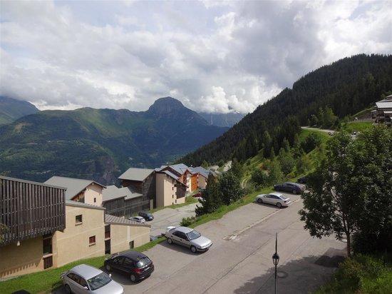 Hotel le Beau Site: vue du balcon de la chambre 22