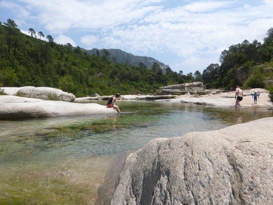 Сент-Люси-де-Порто-Векшио, Франция: piscines naturelles de CAVU