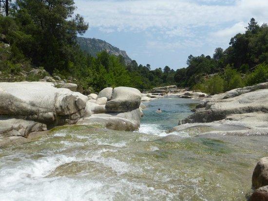 Sainte Lucie De Porto Vecchio, Francja: piscines naturelles de CAVU