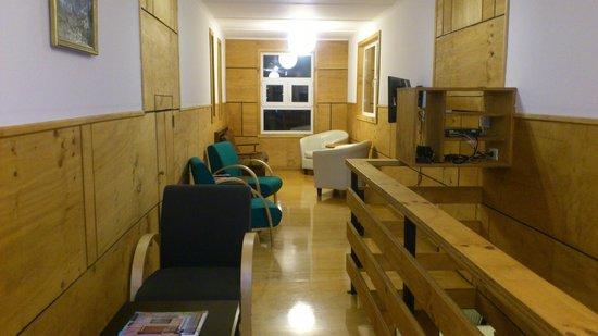 Hotel Ayacara: Sala de computacion segundo piso