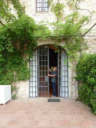 Borgo San Luigi: Outside first room in review