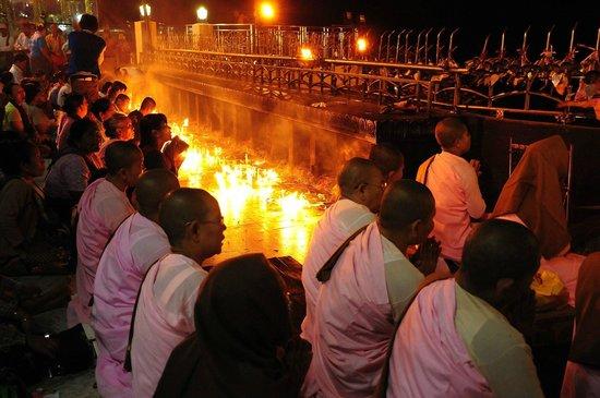 Kyaiktiyo Pagoda: 29/4/2014