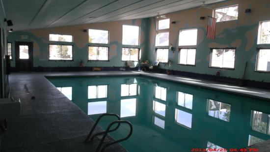 SunSet Motel: Indoor heated to 90 swimming pool