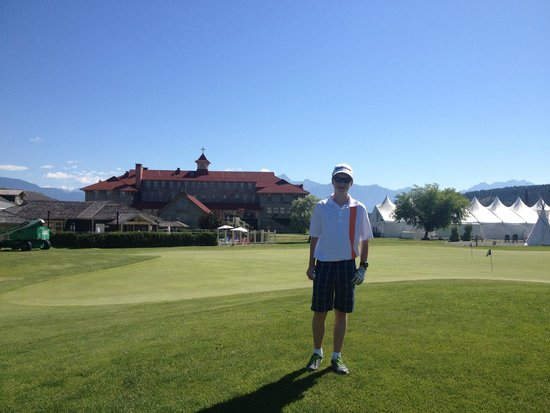 St. Eugene Golf Resort & Casino: St. Eugene practice green