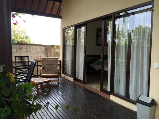 Lovina Eco Lodge: Вход в номер