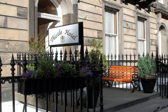 Edinburgh Thistle Hotel: Hotel Exterior