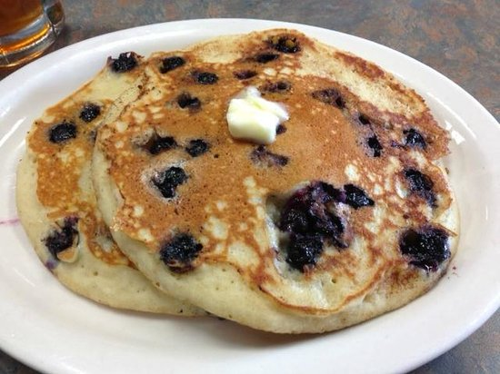 The Greater Bridgeton Amish Market: Blueberry Pancakes