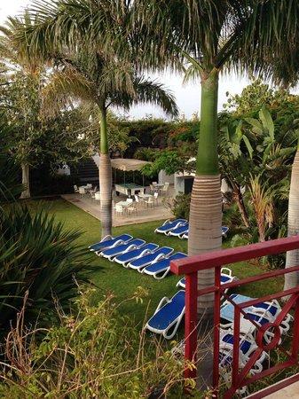 Hotel Costa Calero : day time bar area