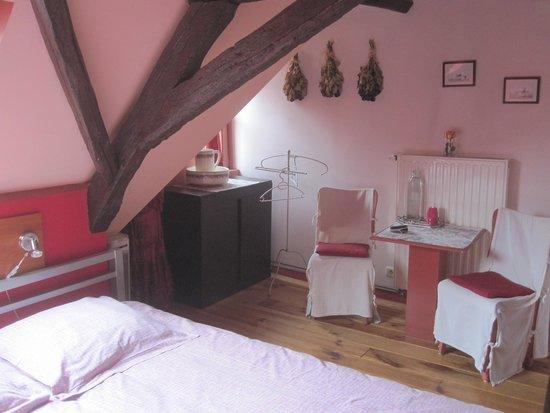 Hobo Bed and Breakfast: My room on the top floor