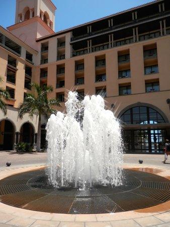 Lopesan Costa Meloneras Resort, Spa & Casino: Front enterence