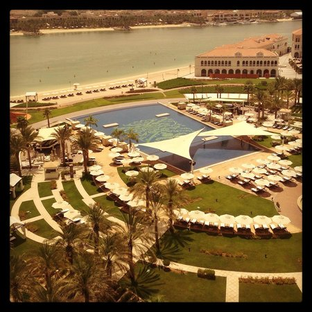 The Ritz-Carlton Abu Dhabi, Grand Canal : View from the suite