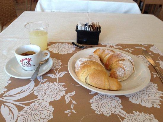 Park Hotel Kursaal: Colazione internazionale a buffet