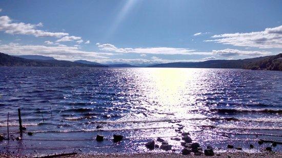 Macdonald Loch Rannoch Hotel: breathtaking loch