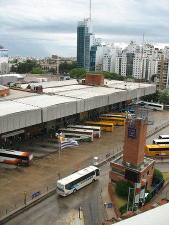 Days Inn Montevideo: Terminal rodoviário Tres Cruces