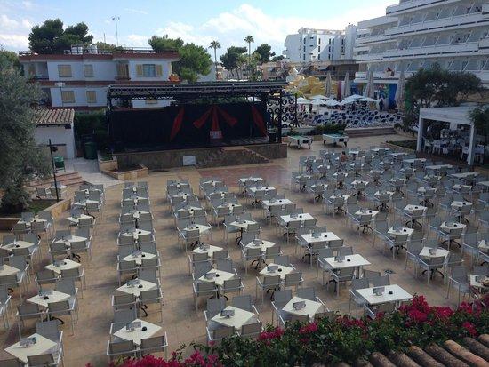Hotel Condesa de la Bahia: Outdoor dining,