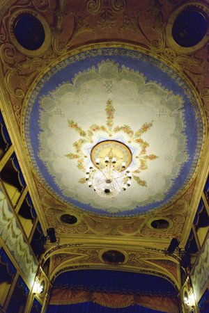 Teatro Angelo Mariani: Inside the theatre - ceiling