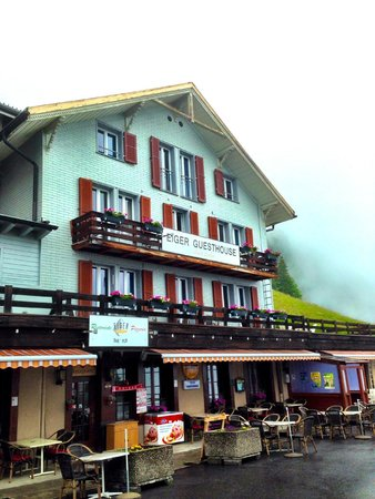 Eiger Guesthouse: Exterior