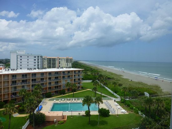BEST WESTERN Cocoa Beach Hotel & Suites: Balcony view
