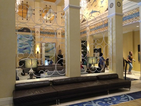 Kimpton Hotel Monaco Seattle: lobby
