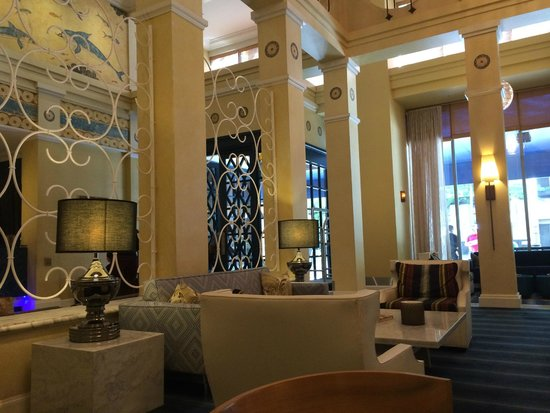 Hotel Monaco Seattle - a Kimpton Hotel: lobby