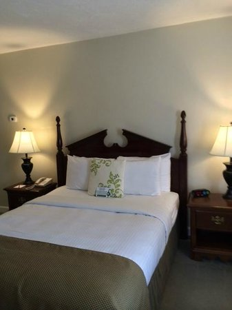 Wachusett Village Inn: Inn Room