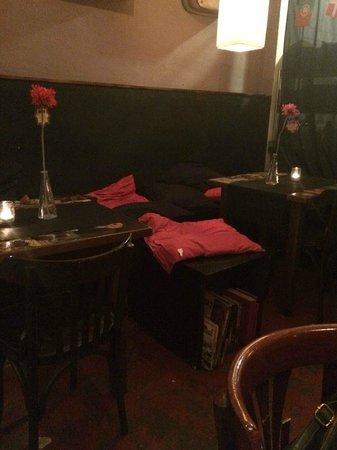 Stoke bar: tavoli