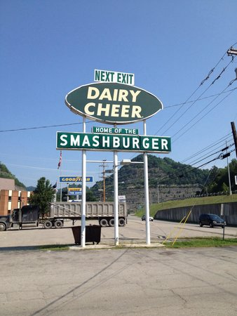 Dairy Cheer: Love the retro sign