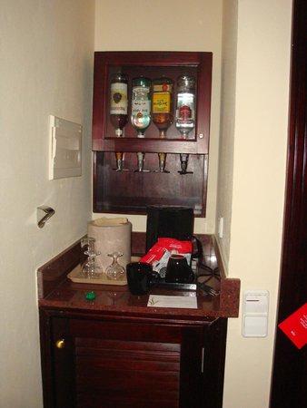 Hotel Riu Palace Riviera Maya: minibar