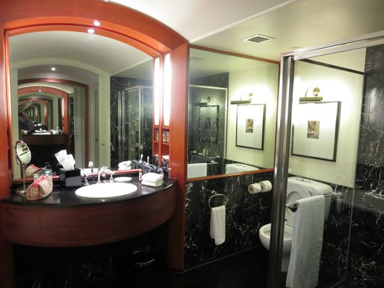 Sheraton on the Park, Sydney: Bathroom