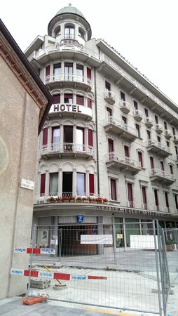 Hotel International au Lac: Hotel front