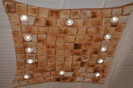 Niko's Taverna : Light fixture made of toast