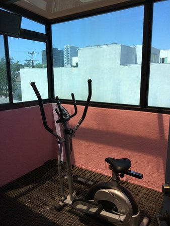 Days Inn Santa Monica/los Angeles: Exercise room