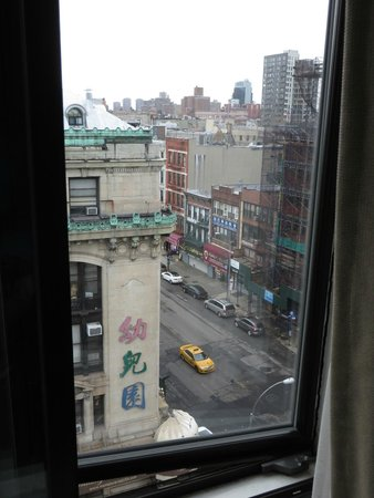 BEST WESTERN Bowery Hanbee Hotel : North view from 9th floor....