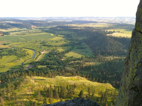 Devils Tower Lodge: View from about 1/2 way up the tower - unforgettable!