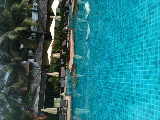 Krabi La Playa Resort: pool