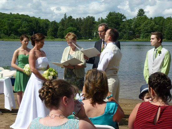 Trillium Resort and Spa: The ceremony