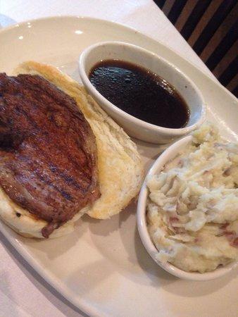 Connors Steak & Seafood: Cajun prime rib sandwhich