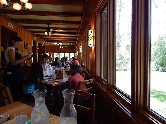 Douglas Lodge: Restaurant view
