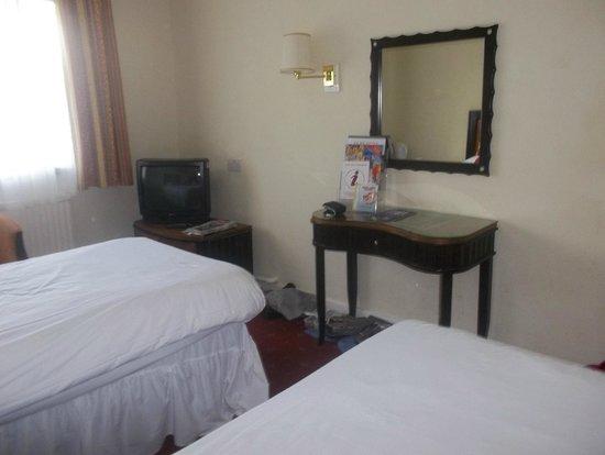 Britannia Hotel Newcastle Airport : Our Bedroom