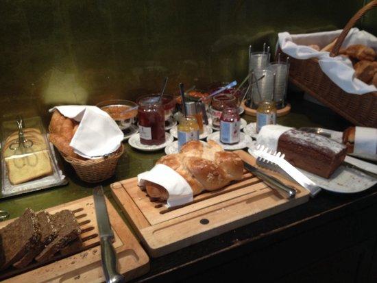 Hotel Altstadt Vienna: Breads