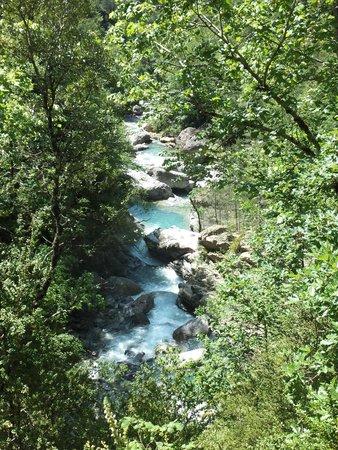 El rio y sus cascadas - Picture of Canon de Anisclo, Escalona - TripAdvisor