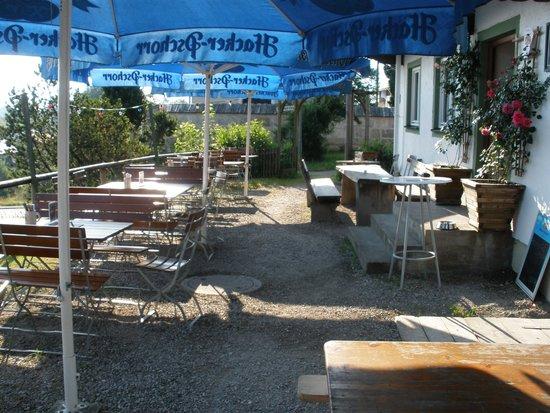 Alpengasthof zur Loisach: Biergarten