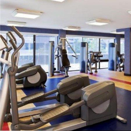 Radisson Hotel Baltimore Downtown-Inner Harbor: Gym