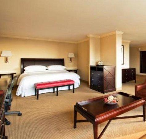 Radisson Hotel Baltimore Downtown-Inner Harbor: My Room