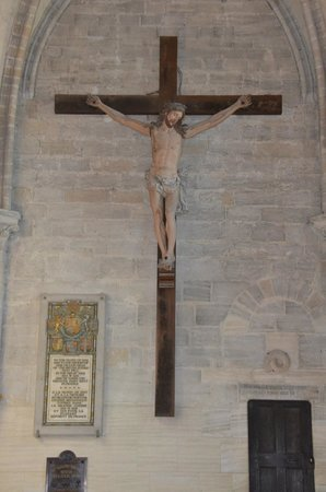 Notre Dame Cathedral: Christ